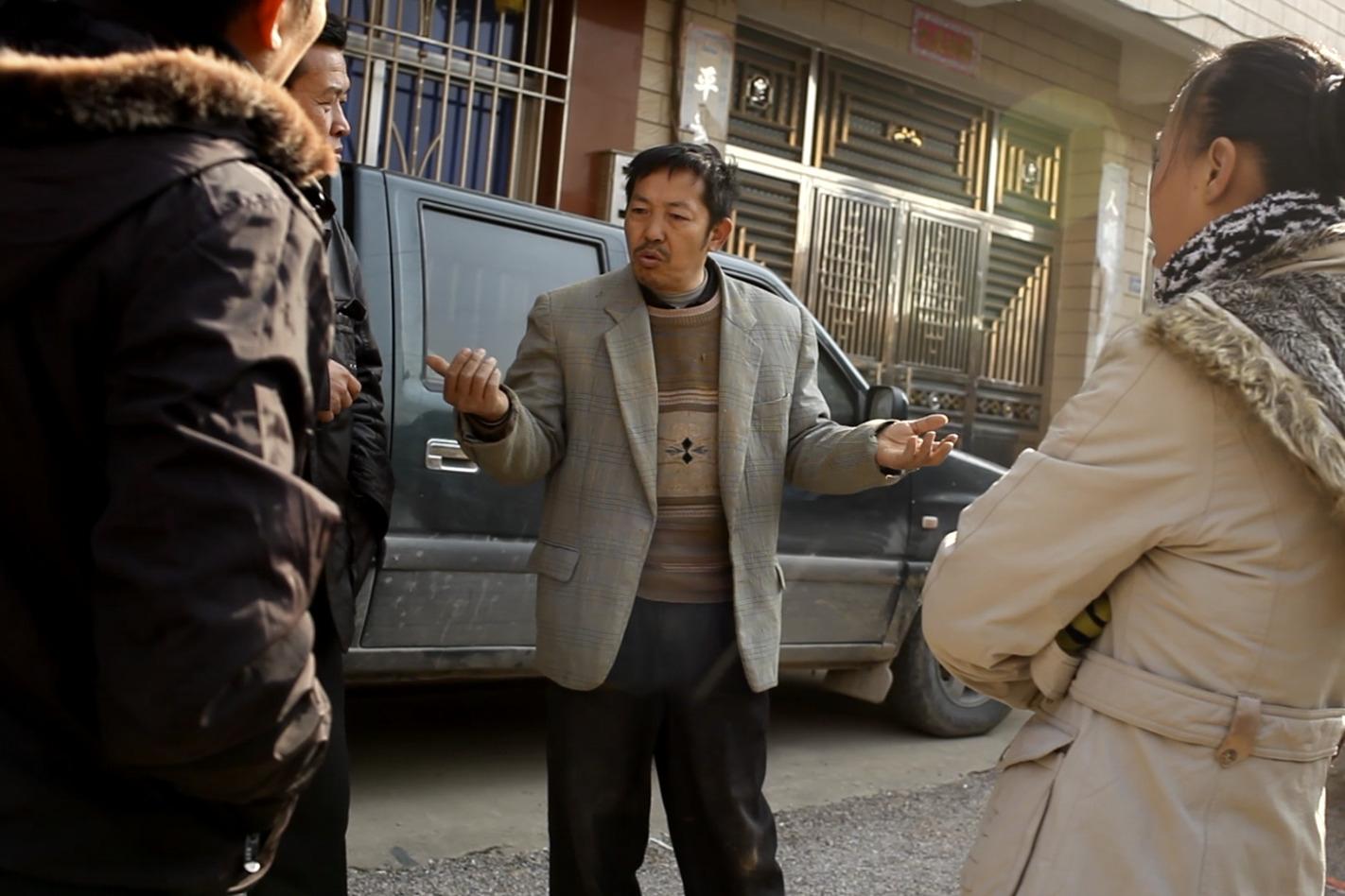 邓结超弟弟私自卖掉了三个亲生侄女,还强硬威胁来访记者。