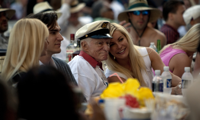 Hugh Hefner and wife Crystal Harris enjoy the 35th Playboy Jazz Festival at the Hollywood Bowl in Los Angeles on June 15, 2013. (Gina Ferazzi/Los Angeles Times/TNS)