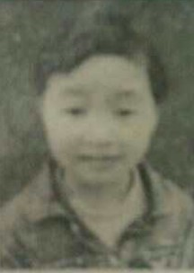 申海月 到儿童福利院时通过媒体公示的照片